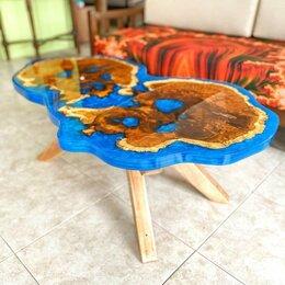 Столы и столики - Журнальный стол из спилов и смолы, 0