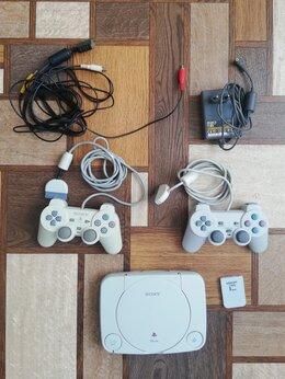 Игровые приставки - Sony Playstation One SCPH-102, Чипованая, 2…, 0