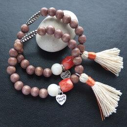 Браслеты - браслет из коралла и дерева с кисточкой, 0