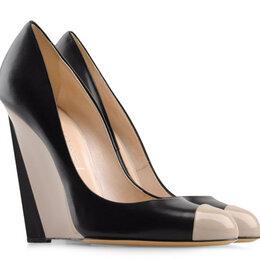 Туфли - Туфли CASADEI(Касадей) 2505P165. размер 39, 0