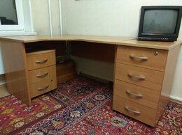 Компьютерные и письменные столы - Письменный стол с тумбами, 0