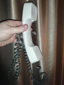 Проводные телефоны - Трубка домашнего телефона Panasonic, 0