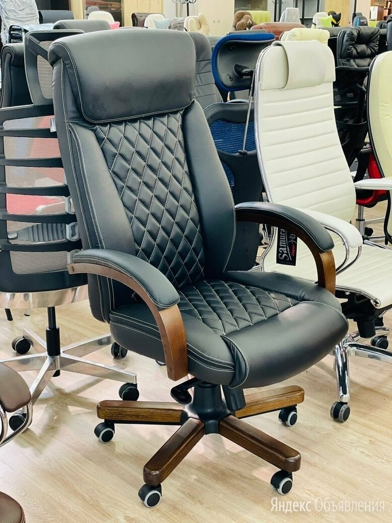 Кресло руководителя T-9924WALNUT по цене 19900₽ - Компьютерные кресла, фото 0
