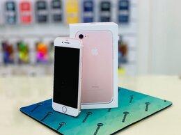Мобильные телефоны - iPhone 7 32Gb, 0