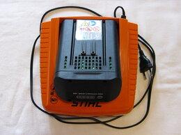 Аккумуляторы и зарядные устройства - Устройство быстрой зарядки stihl AL 300, 0
