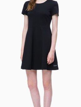 Платья - Платье Calvin Klein, р-р М , 0