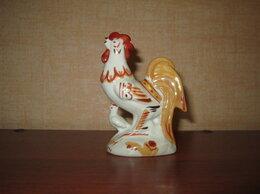 Статуэтки и фигурки - Фарфоровая статуэтка Петух с цыплёнком, 0