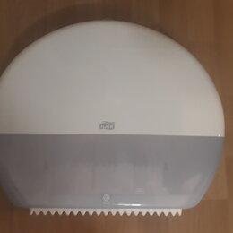 Мыльницы, стаканы и дозаторы - Диспенсеры Tork для туалетной бумаги и мыла, 0