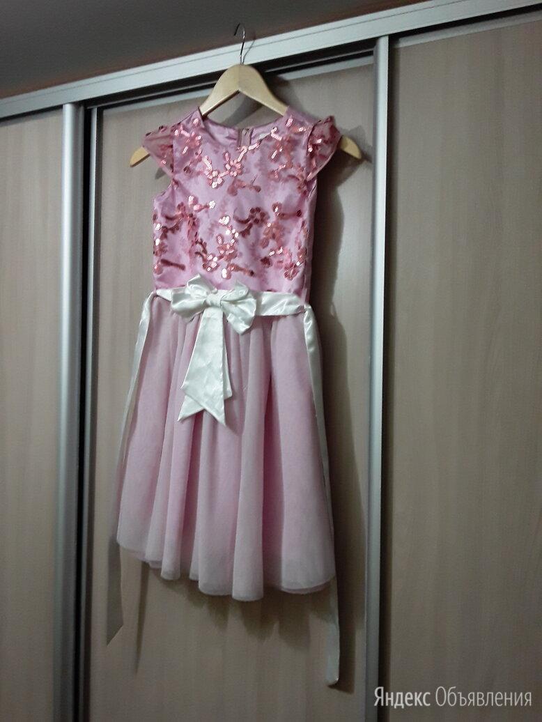 Платье праздничное на девочку по цене 300₽ - Платья и сарафаны, фото 0