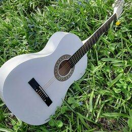 Акустические и классические гитары - Гитара белая классическая, 0