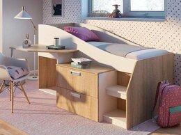Кроватки - Детская кровать со столом и ящиками, 0