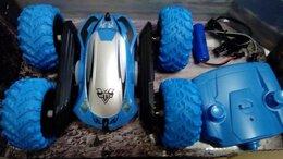 Радиоуправляемые игрушки - Радиоуправляемая трюковая машинка перевертыш синяя, 0