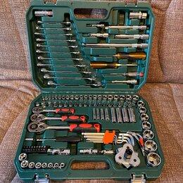 Наборы инструментов и оснастки - Набор инструментов 121 предмет , 0