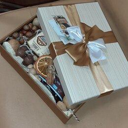 Подарочные наборы - Букеты, подарочные боксы  , 0