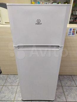 Холодильники - Холодильник Indesit TIA 14 новый, 0