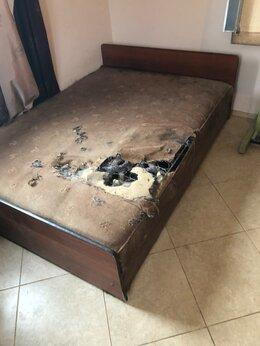 Кровати - Кровать двухспальная даром бесплатно, 0