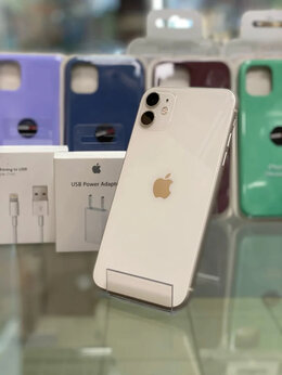 Мобильные телефоны - iPhone 11 64Gb Белый, 0