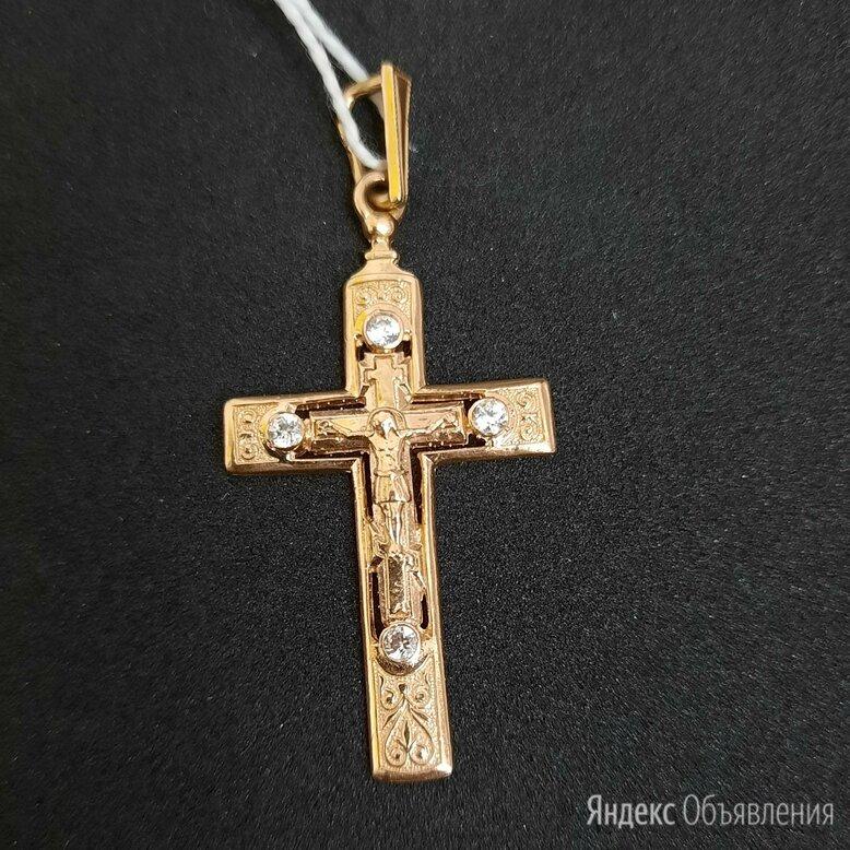 Золотой крест с фианитами по цене 17090₽ - Кулоны и подвески, фото 0