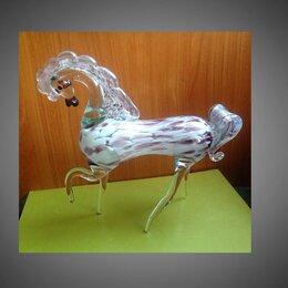 Статуэтки и фигурки - Конь стекло большой статуэтка фигурка, 0