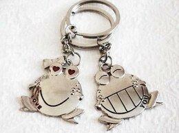 """Брелоки и ключницы - Брелок набор 2 штуки """"Влюбленные лягушки"""", 0"""