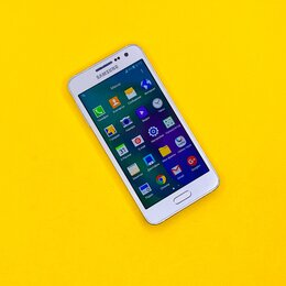 Мобильные телефоны - Samsung Galaxy A3 (2015) A300F, 0