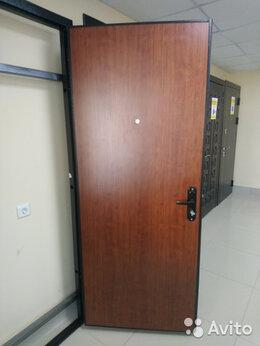 Входные двери - Двери входные итальянский орех, 0