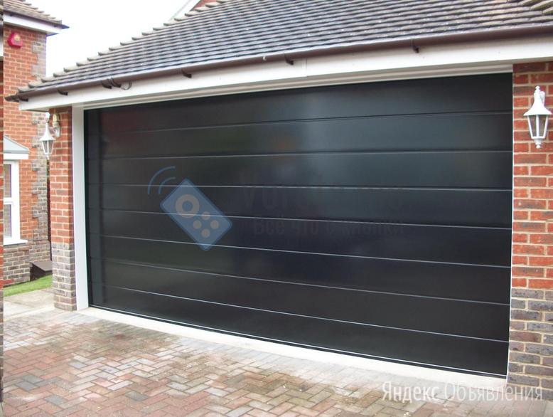 Подъёмно-секционные ворота чёрного цвета по цене 40850₽ - Заборы, ворота и элементы, фото 0