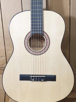 Акустические и классические гитары - Классическая гитара с нейлоновыми струнами, 0