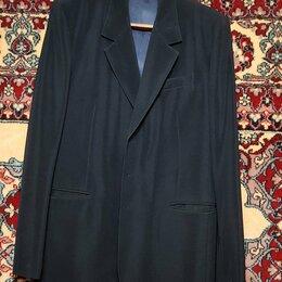 Пиджаки - Пиджак мужской, 2 штуки, чёрный и светло-зелёный, б/у, 0