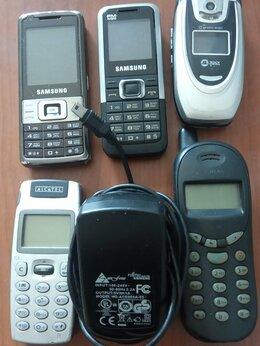 Мобильные телефоны - Старые телефоны, 0