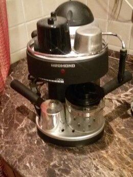 Кофеварки и кофемашины - Кофеварка Redmond RCM-1502 рожковая, 0