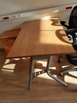 Компьютерные и письменные столы - Стол 140х80 ольха, ножки металл, б/у 20шт, 0