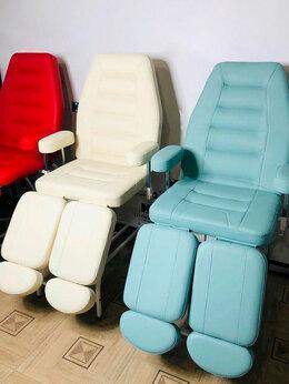 Принадлежности для салонов красоты - Педикюрное кресло, 0