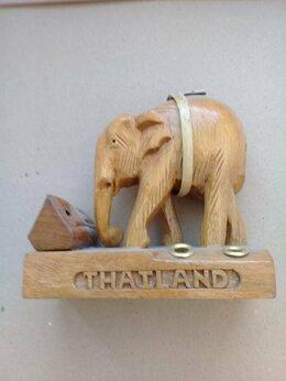 Статуэтки и фигурки - Слон сувенирный из дерева, 0