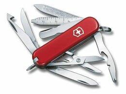 Ножи и мультитулы - Нож-брелок Victorinox Classic MiniChamp, 58 мм,…, 0