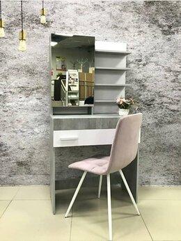 Столы и столики - Туалетный стол «Инстайл» 01, 0