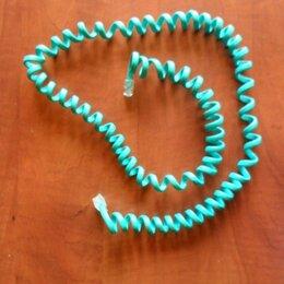 Проводные телефоны - Витой шнур и телефоная трубка цвета морской волны. , 0