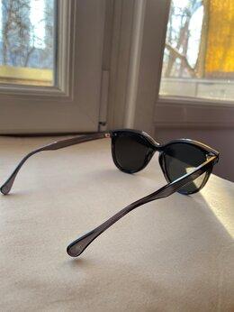 Очки и аксессуары - Солнечные очки , 0