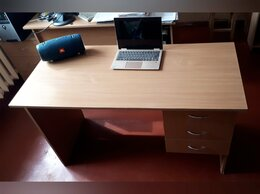 Компьютерные и письменные столы - Стол компьютерный офисный 130х60х75, 0