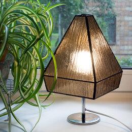Настольные лампы и светильники - Настольная лампа в стиле Тиффани из фактурного стекла., 0