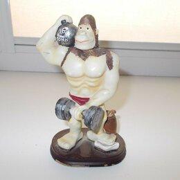Модели - Статуэтка обезьяны, 0