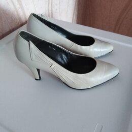 Туфли - Туфли женские б/у размер 39 кожа натуральная , 0