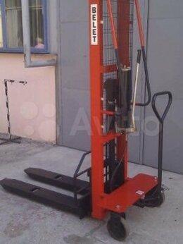 Спецтехника и навесное оборудование - Штабелер электрический самоходный, 0