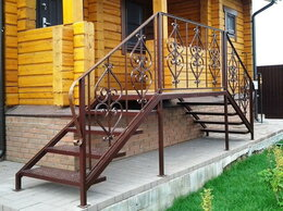 Лестницы и элементы лестниц - Деревянные и металлические кованые перила и…, 0
