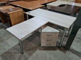 Компьютерные и письменные столы - Стол с брифингом и тумбой,  бук, б/у, 0