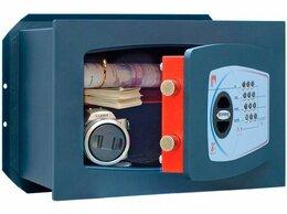 Шкафы для документов - Встраиваемый взломостойкий сейф Technomax GT/4P, 0