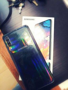 Мобильные телефоны - Samsung Galaxy A70, 0