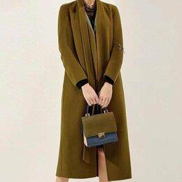 Пальто - Новое темно-зеленое пальто, 0