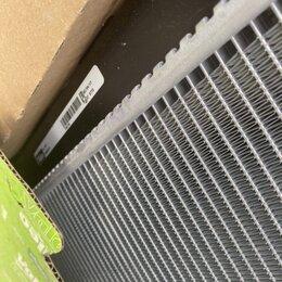 Отопление и кондиционирование  - Радиатор охлаждения на Фольксваген гольф 5 1,4 tsi, 0