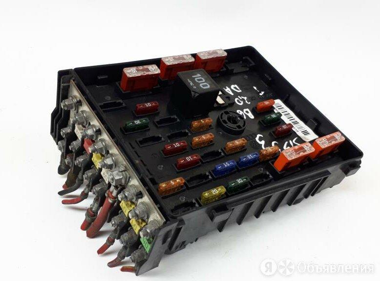 Блок предохранителей (под капотом) VW Пассат Б6 П по цене 1000₽ - Электрика и свет, фото 0
